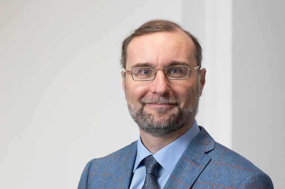 Dr. Albrecht Garsky